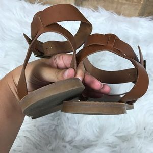 Madewell Shoes - Madewell Strappy Leather Sandals